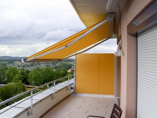 Seitenmarkise als Sicht- und Windschutz