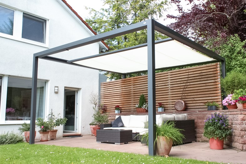 pergolamarkise leiner freistehend baier sonnenschutz gmbh. Black Bedroom Furniture Sets. Home Design Ideas